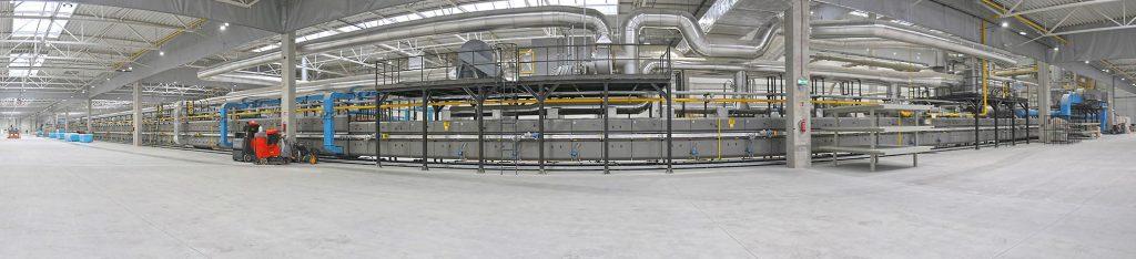 Cerrad otworzył w Starachowicach jedną z najnowocześniejszych fabryk na świecie i wprowadził na rynek największe płyty gresowe w Polsce